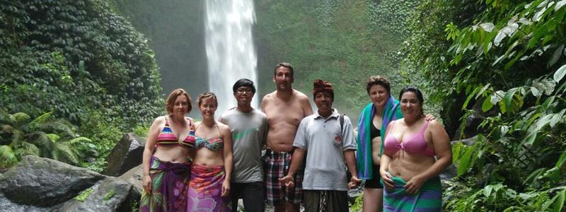 Average cost of licensed tour guide in bali.